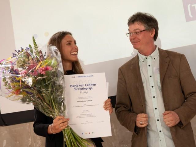 Thekla Schmidt ontvangt Scriptieprijs