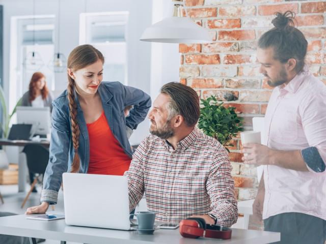 Generaties samenwerken collega's